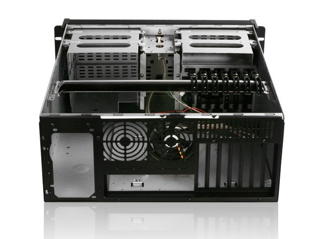 iStar D Storm D-400 4U Rackmount Server Chassis No power supply